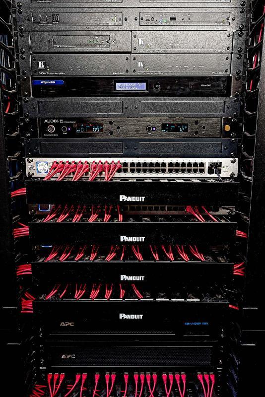 AV-Rack B